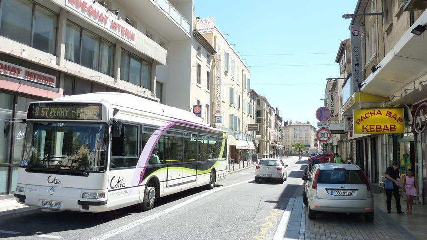 Le Faubourg Saint Jacques à Valence