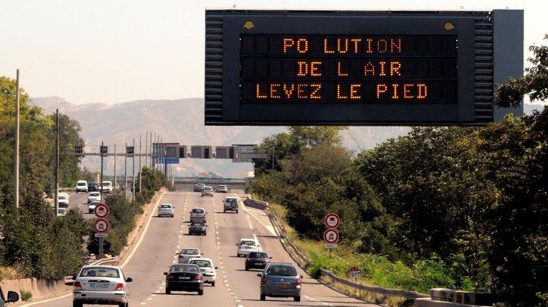 Pollution de l'air et restrictions de vitesse sur autoroute
