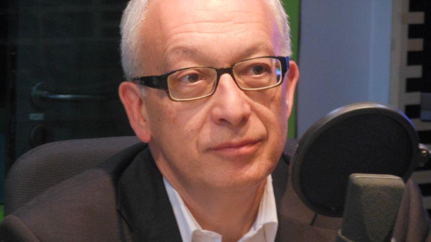 Yvon Robert, élu à Rouen.