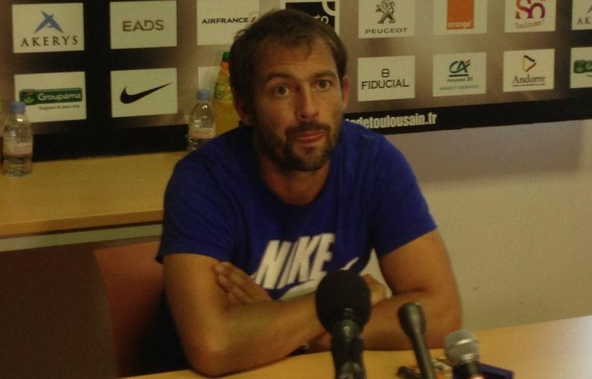 Jean-Baptiste Elissalde, entraîneur des arrières du Stade Toulousain - Radio France