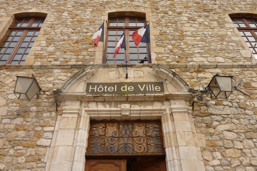 La mairie de Vallon Pont d'Arc en Ardèche. / Ne changez pas ce titre SVP  - Stéphane Milhomme - Radio France