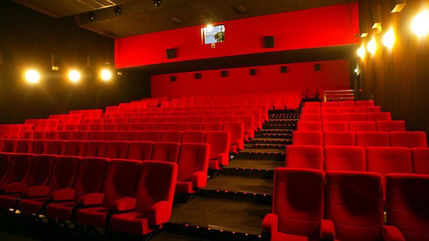Bordeaux le ticket de cin ma 4 euros pour les moins de for Seance cinema salon de provence