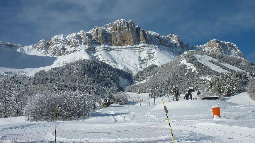 Gresse en Vercors sous la neige - Image d'archives.