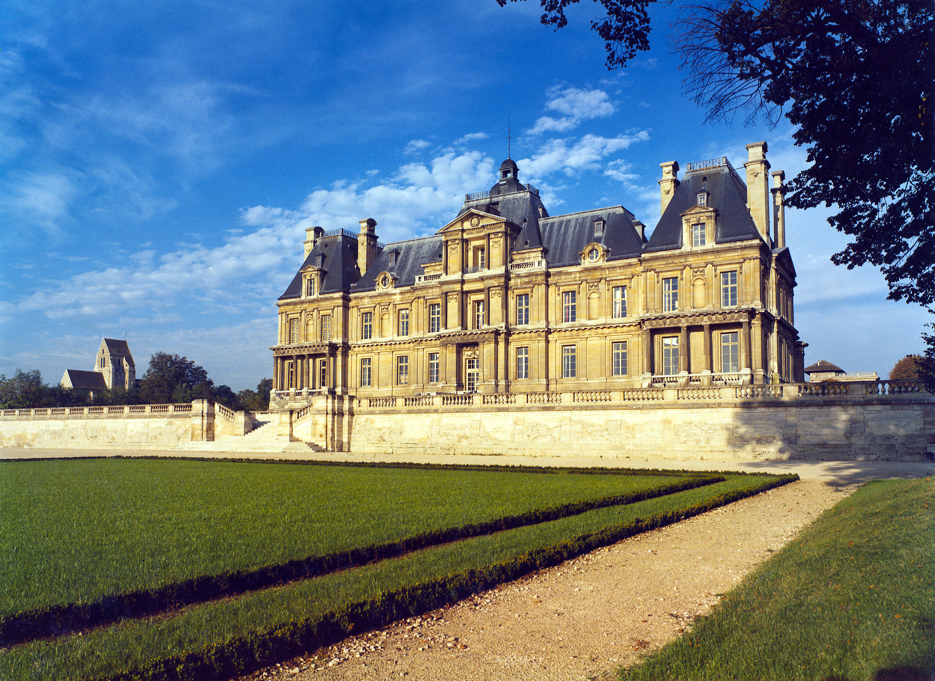Les jardins et le château de Maisons-Laffitte