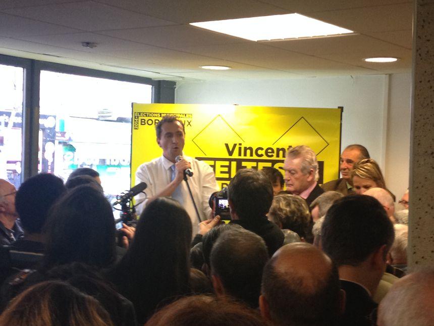 Permanence de campagne de Vincent Feltesse à Bordeaux - Radio France
