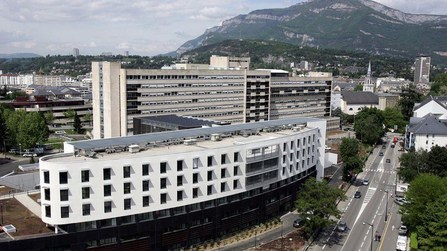 En décembre 2013, trois bébés sont morts à la maternité du CHU de Chambéry.