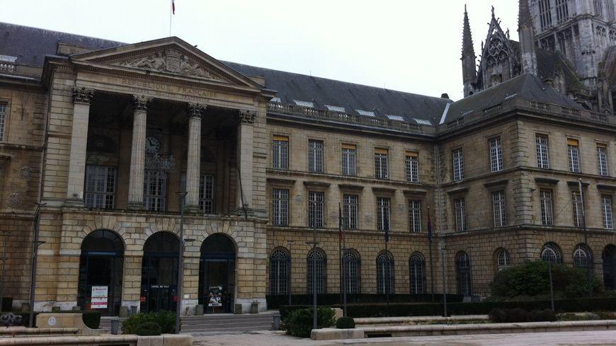 Mairie de Rouen.