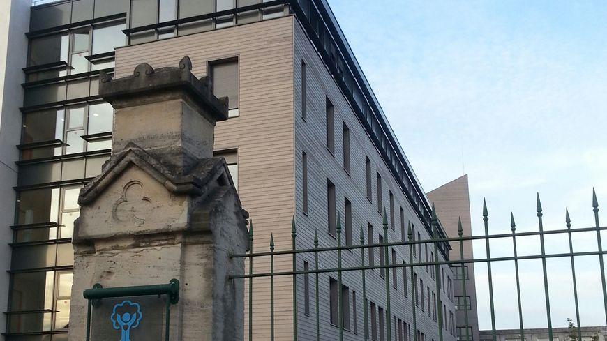L'hopital Sébastopol à Reims où Vincent Lambert est hospitalisé dans un état proche du coma