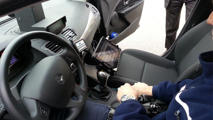 voiture radar mobile