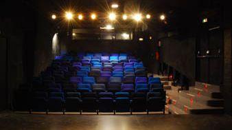 Salle bleue du théâtre du Bourg-Neuf