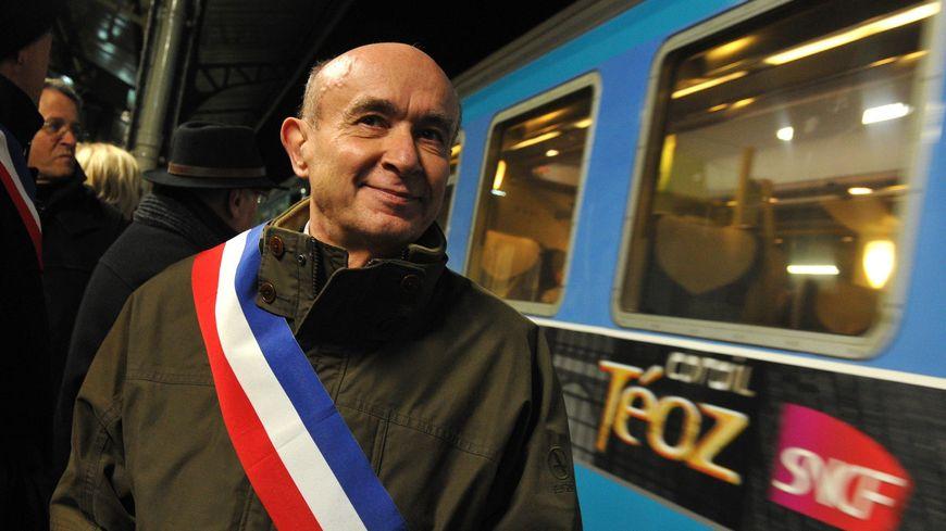 Claude Malhuret en 2012 en gare de Vichy.
