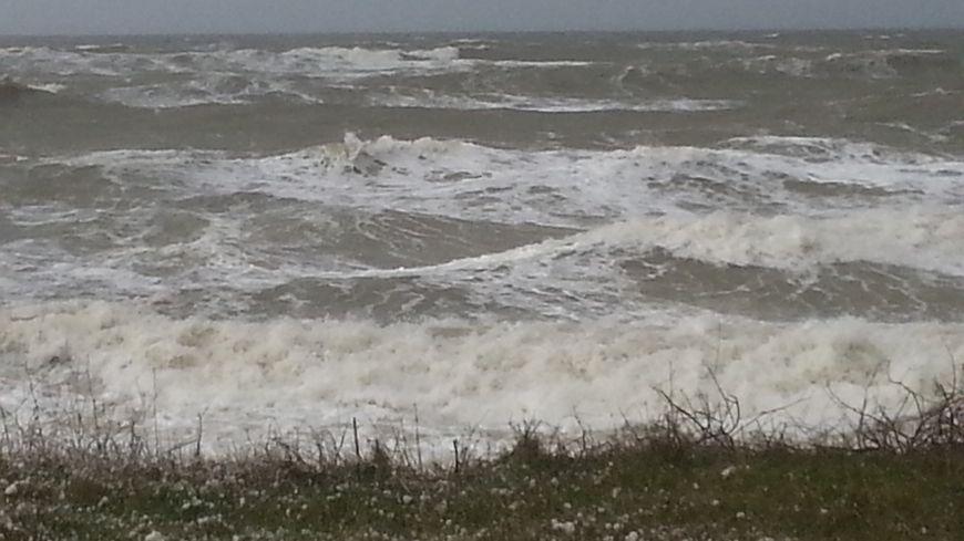 La mer était déchaînée sur la côte de Sarzeau lors du passage de la tempête Pétra