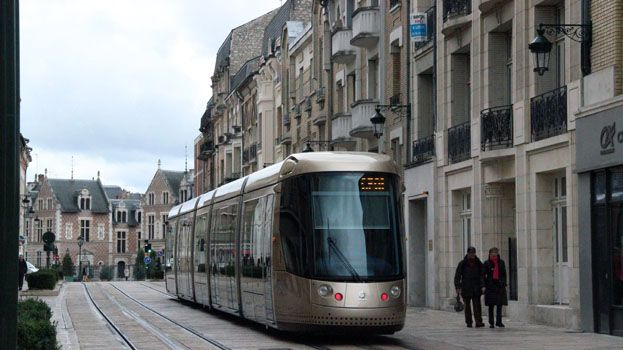 Le tramway à Orléans.