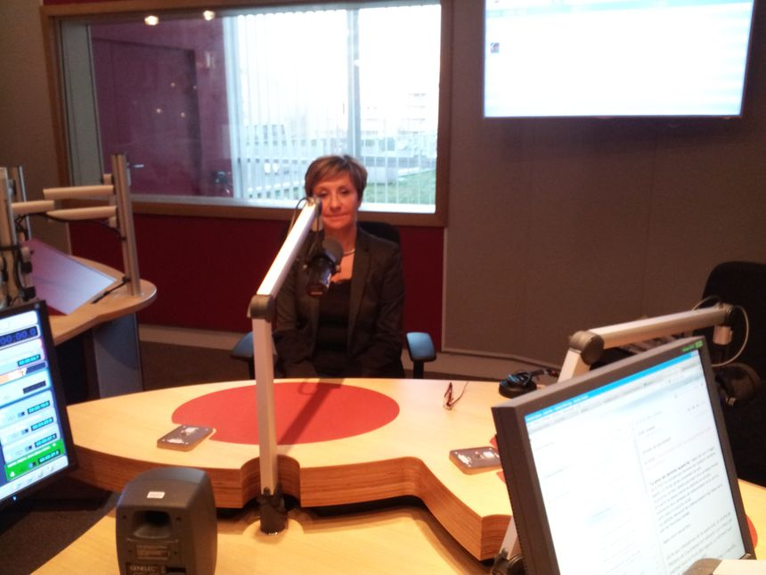 Pascale Got dans le studio de France Bleu Gironde - Radio France