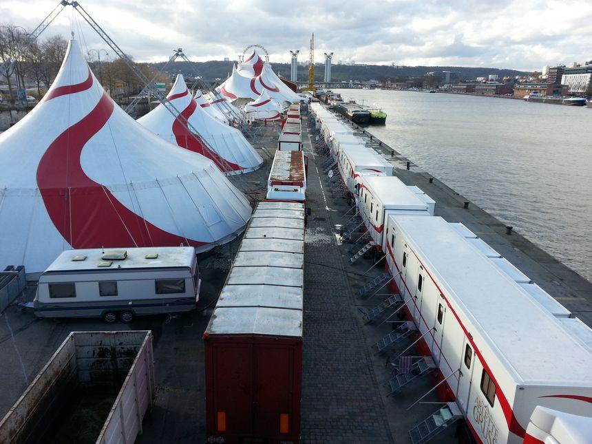 Le cirque Arlette Gruss sur les quais de Rouen - Radio France