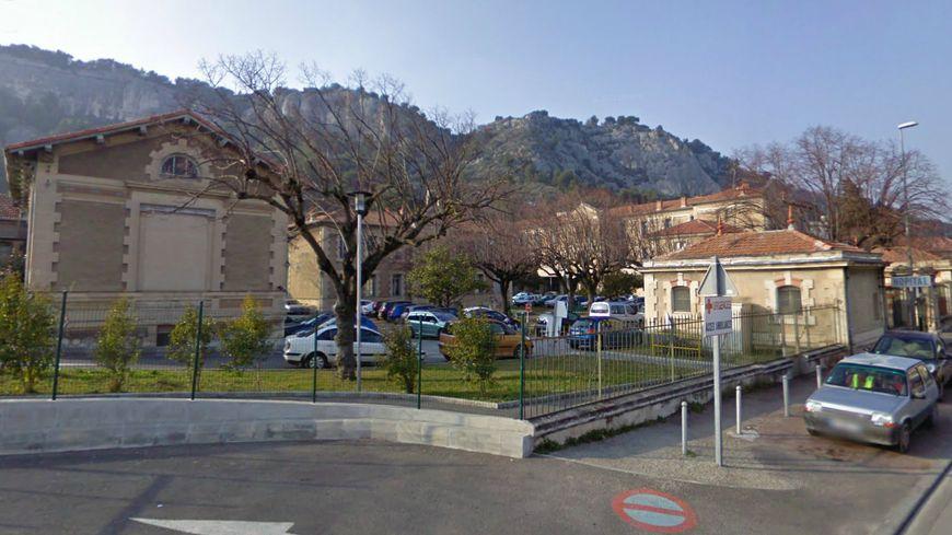 Centre hospitalier intercommunal Cavaillon-Lauris, hôpital de Cavaillon