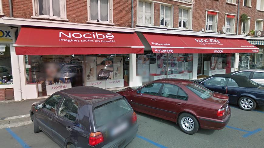 La parfumerie Nocibé à Louviers victime d'un casse à la voiture bélier