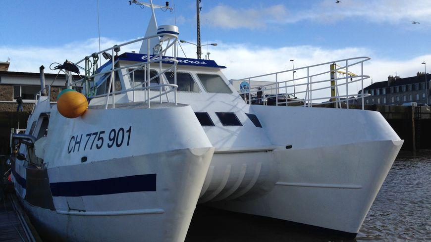 Le bateau L'Albatros sur le port de Cherbourg