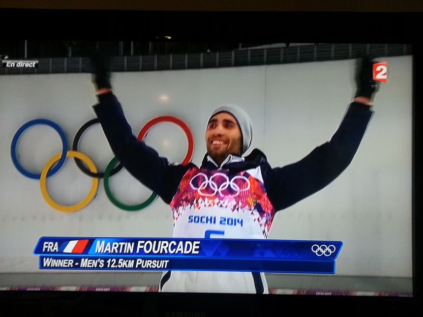 Martin Fourcade sur le podium  - capture d'écran france 2