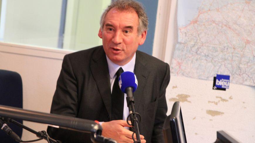 Municipales : François Bayrou invité de France Bleu Midi Ensemble depuis France Bleu Béarn le 6 février