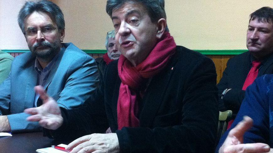 Jean-Luc Mélenchon, à la conférence de presse de soutien à Lionel Frel, tête de liste EÉLV-PG à Bergerac.
