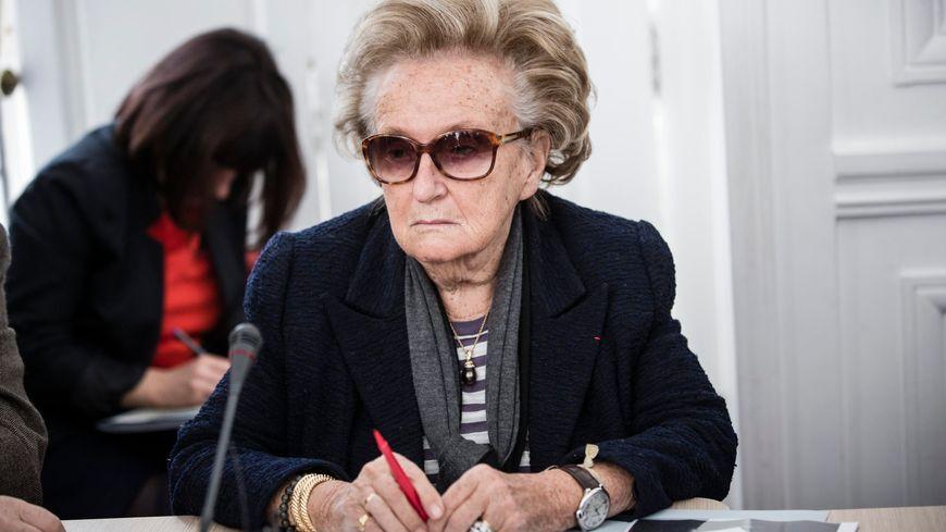 Bernadette Chirac refuse de voir son canton supprimé au profit de la parité des élus