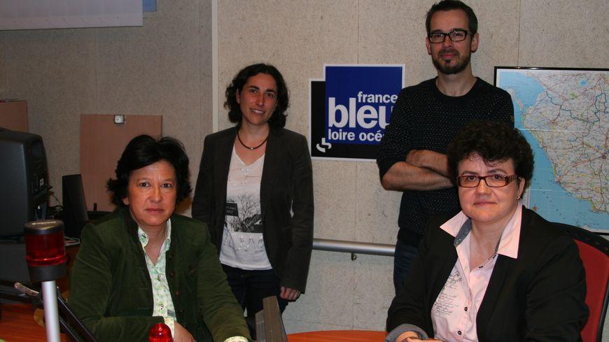 Véronique Besse - Myriam Violleau. Au 2e plan Anne Chovet - Benoît Guérin