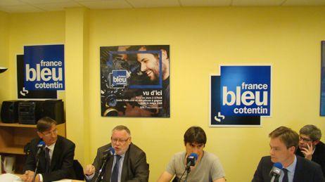 Débat des candidats à Cherbourg : de gche à dte, JM Houllegatte, J. Levallois, R. Lejamtel et D. Margueritte.
