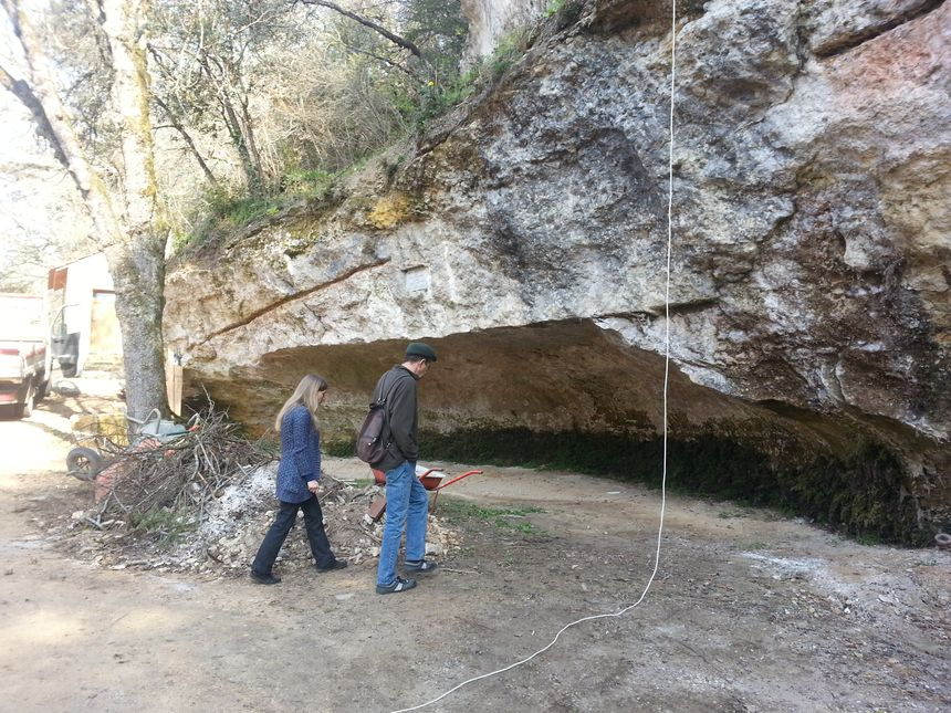 Les travaux ne sont pas encore terminés mais l'abri Cro-Magnon aux Eyzies a été mis en valeur.  - Radio France