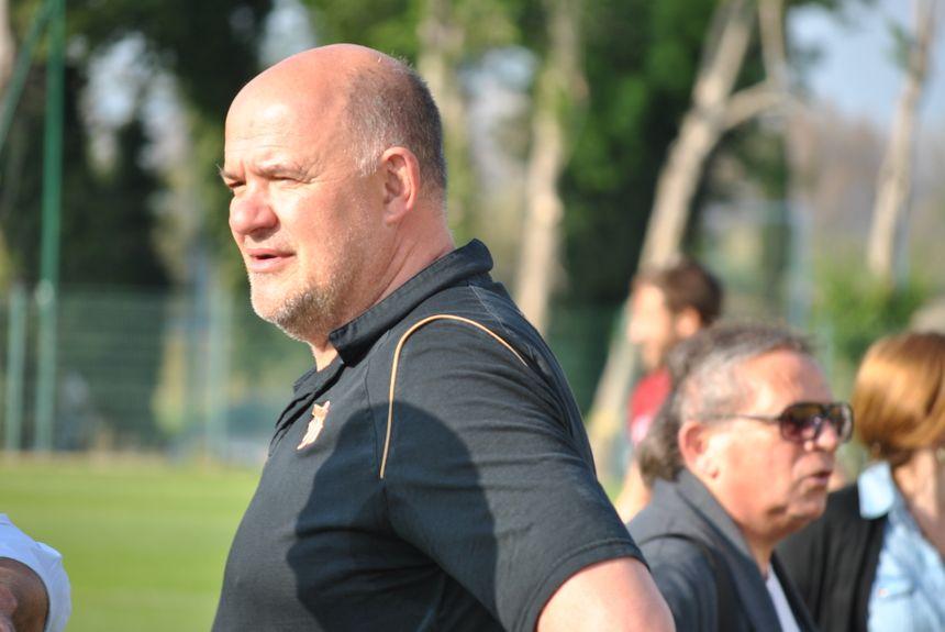 Marc Delpoux, entraîneur de l'USAP - Radio France - Cyrille Manière