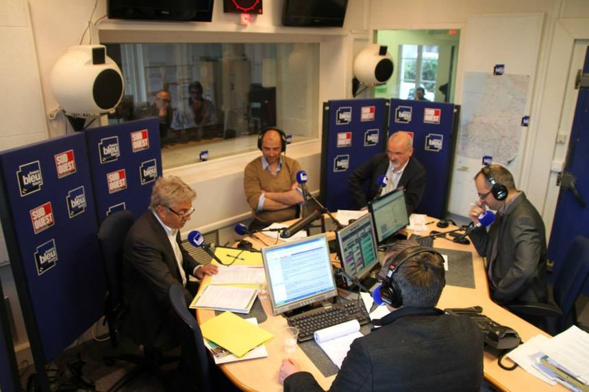 """Débat spécial """"municipales à Gan"""" sur France Bleu Bearn - Radio France"""