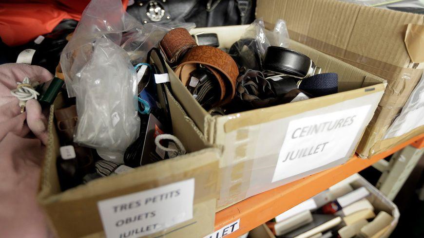 L'entrepôt des objets trouvés de l'aéroport de Lyon-Satolas.