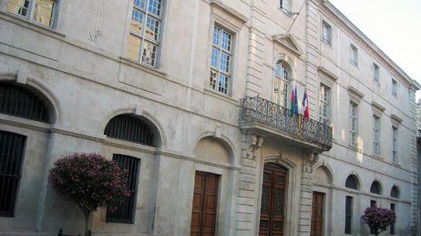 mairie de Nîmes