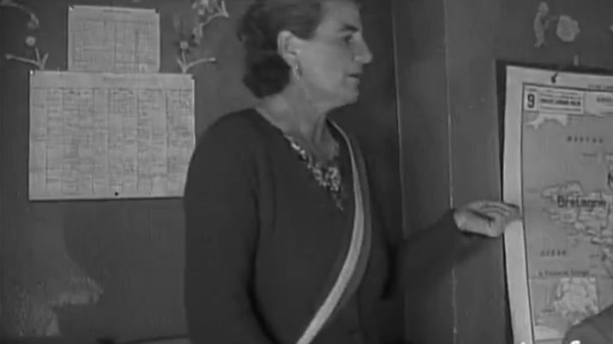 """À Échigey, """"Madame le maire, Madeleine Ainoc, régnait puissance incontestée""""."""