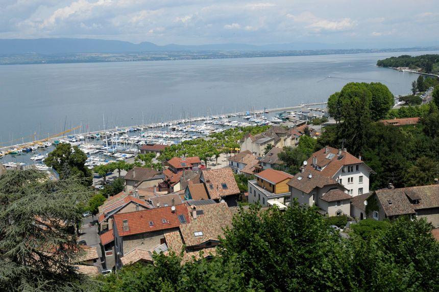 Thonon-les-Bains, le port et le lac Léman - Maxppp