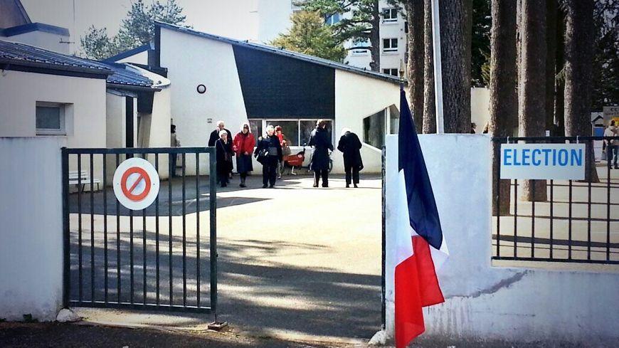 Les électeurs sont appelés à voter pour le 1er tour des élections municipales
