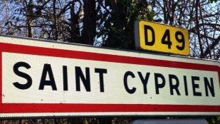 Deux candidats à la mairie de Saint-Cyprien, pas si différents.