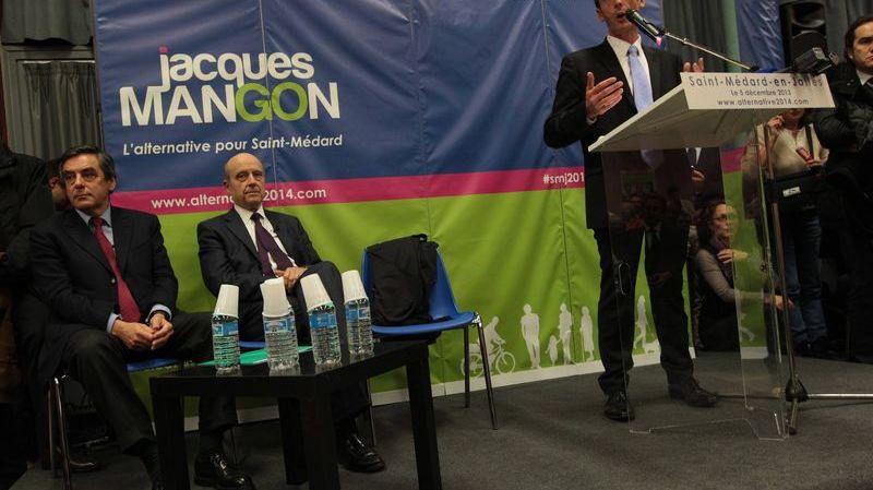 Jacques Mangon le candidat de la droite à la tribune