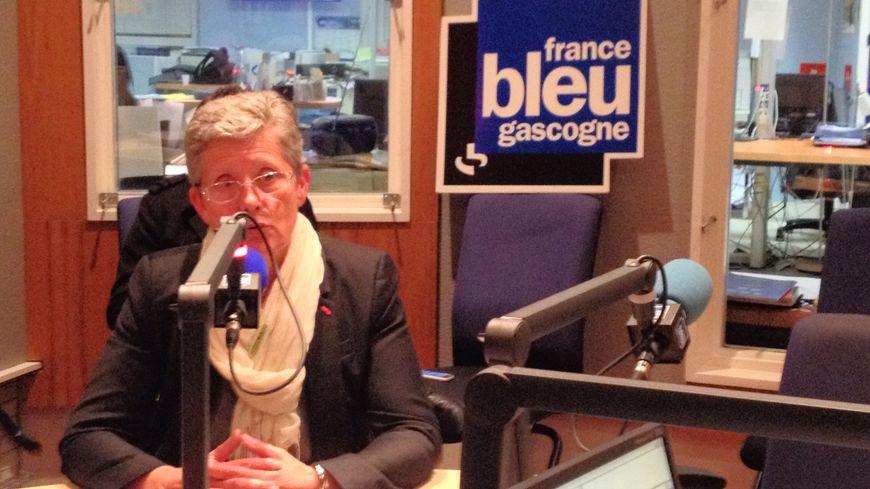 Geneviève Darrieussecq réélue au premier tour avec 56,02% des voix.