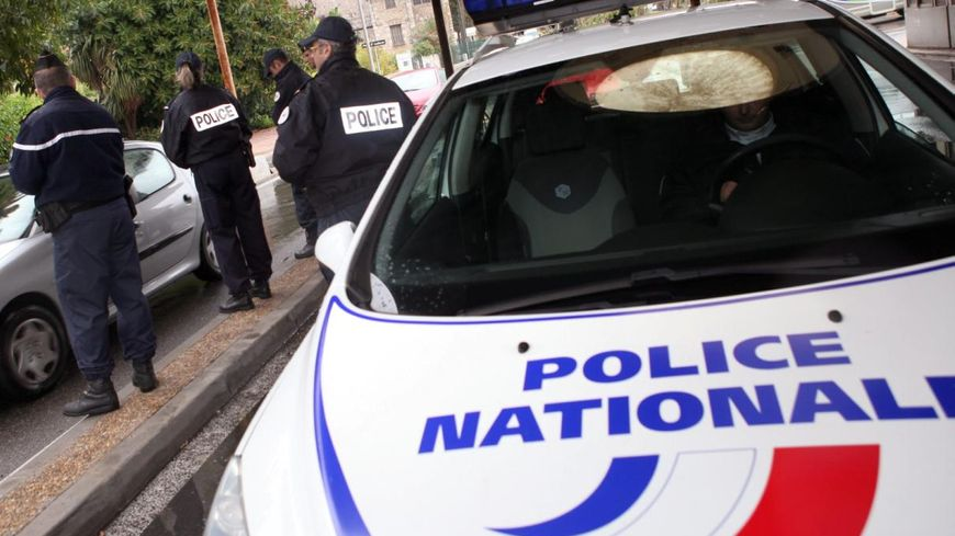 Véhicule de la police nationale (illustration)