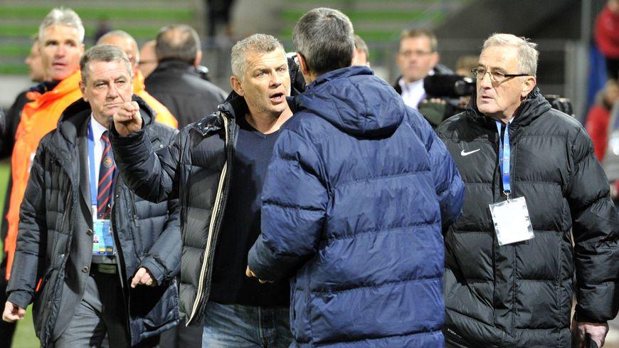 La confusion à la fin du match Caen-Châteauroux, ici, Patrice Garande, entraîneur du Stade Malherbe.