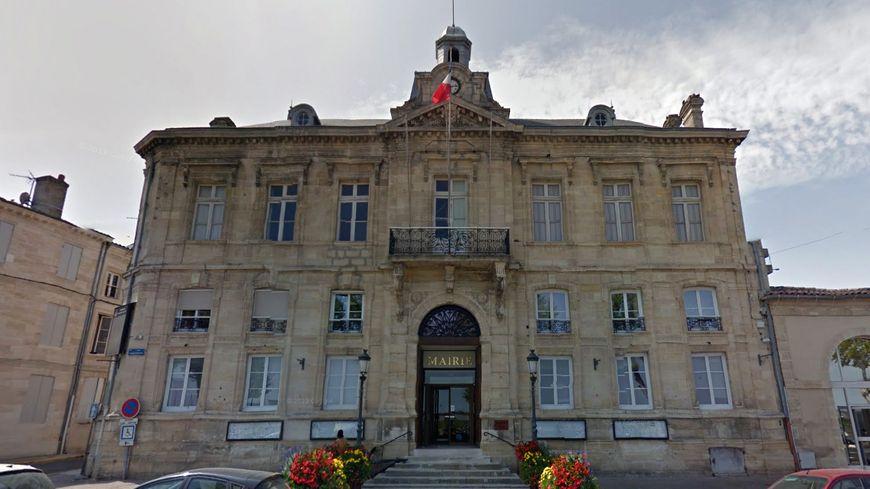 L'hôtel de ville de Pauillac (illustration).