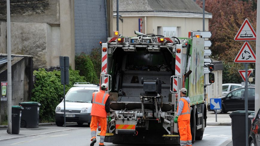 camion poubelle accident Bergerac