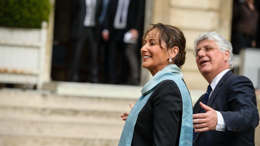 Ségolène Royal et Philippe Martin lors de la cérémonie de passation de pouvoir au ministère de l'Ecologie