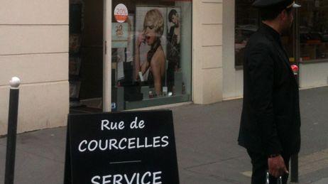 Voiturier de rue  Paris