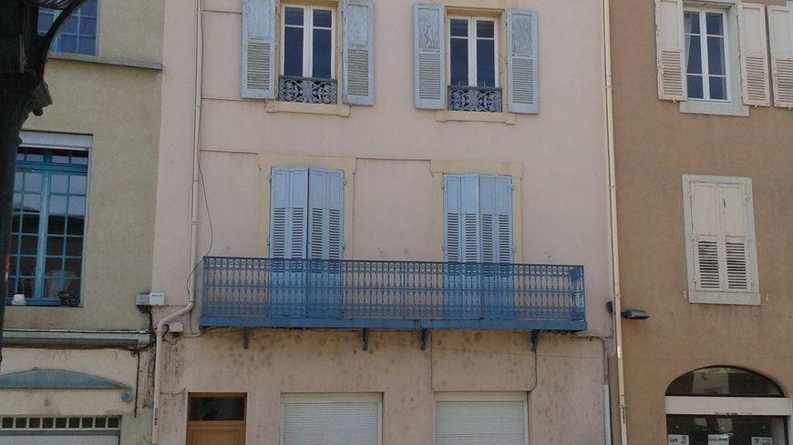 L'immeuble où le corps de la dame âgée a été retrouvé à Valence, le 7 avril 2014.