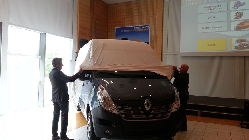 Renault dévoile le nouveau modèle de son utilitaire Master fabriqué en Lorraine par la SOVAB