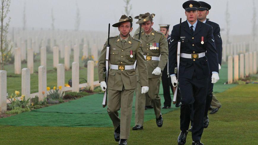 Anzac Day : cérémonie du point du jour à Villers-Bretonneux dans la Somme en 2013