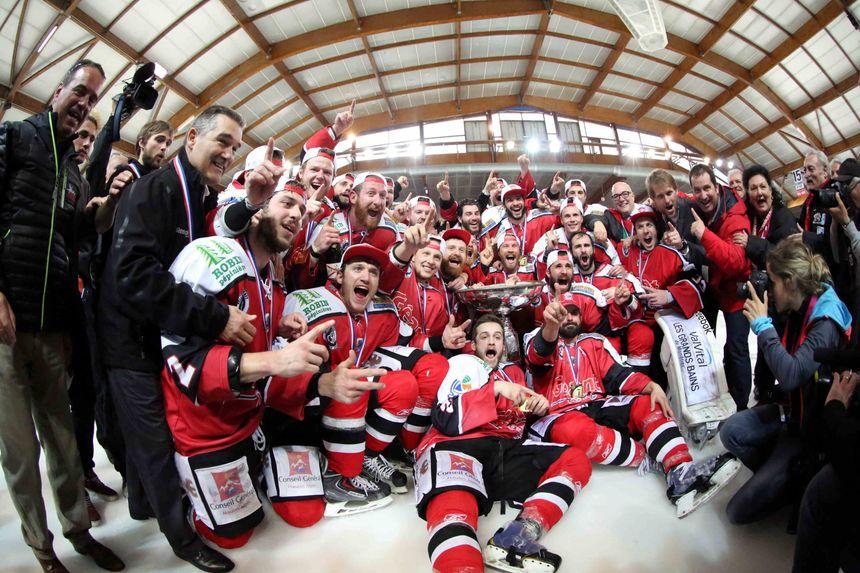 Les hockeyeurs de Briançon sacrés champions de France - Maxppp