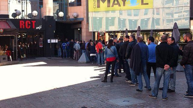 Les supporters du RCT ont patienté deux heures pour acheter leurs billets